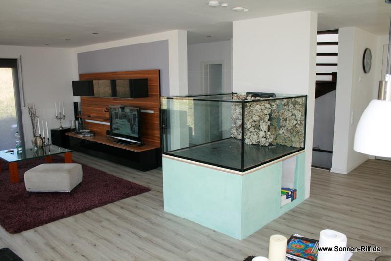 erste bilder vom wohnzimmer riff sonnen. Black Bedroom Furniture Sets. Home Design Ideas